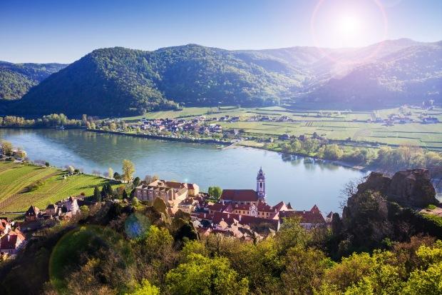 Durnstein, Wachau valley. Austria. shutterstock_607840421.jpg